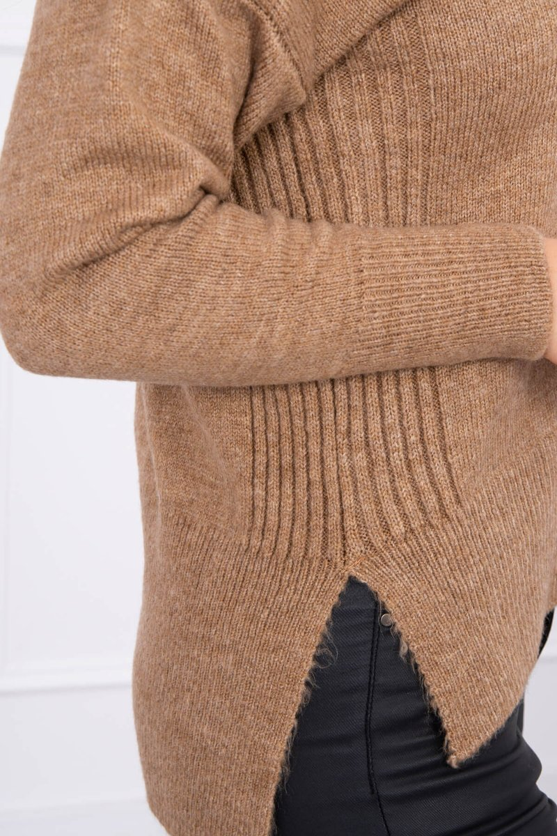 eng pl Sweater with longer back and neckline V cappuccino 16216 3